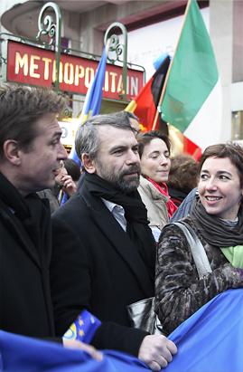 Marche de toute l'équipe en faveur de l'Europe en présence des têtes de liste, le 14/02/08, place Clichy