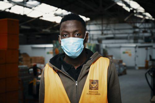 Portraits de bénévoles des banques alimentaires
